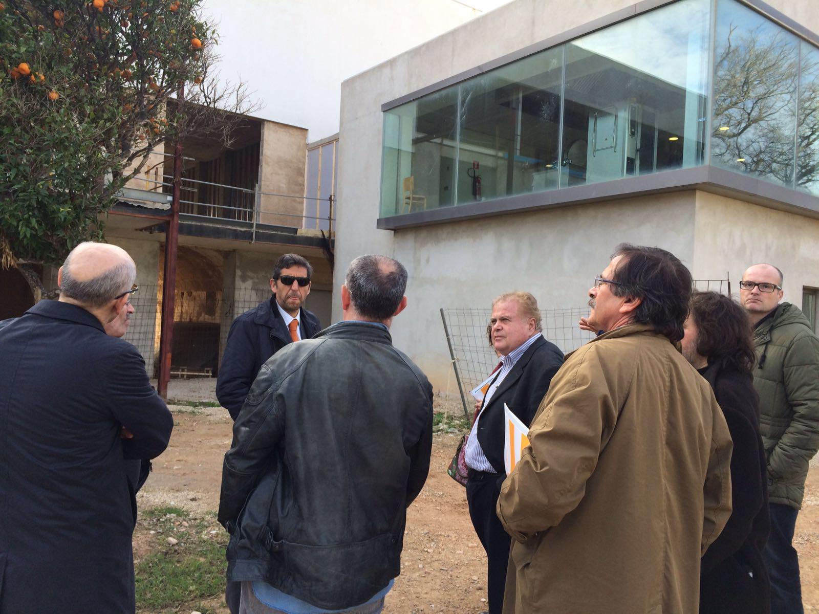 Part de l'equip tècnic del TEB visita Amadip-Esment