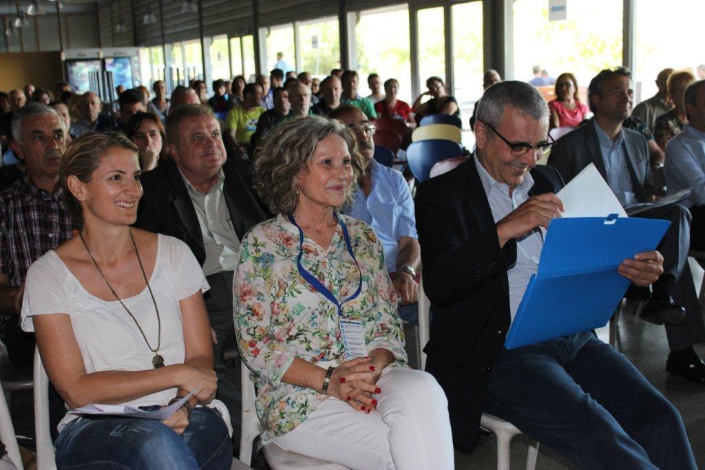 En la foto apareixen, d'esquerra a dreta, Yolanda Esteban, Ana María Rosado i Perfecto Alonso