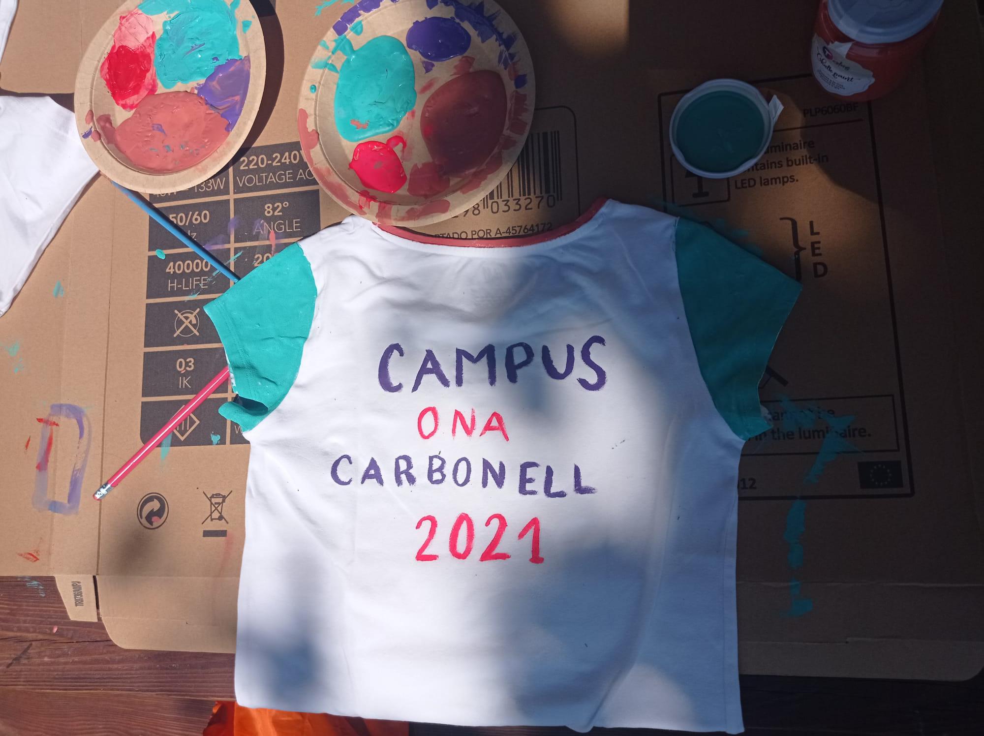 """Samarreta pintada amb pintura TEB """"Campus Ona Carbonell"""""""